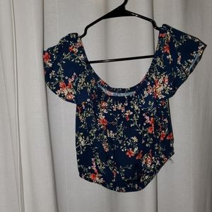 Over the shoulder floral crop top